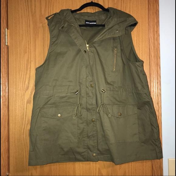 4dd4a3424b51c 🖤Plus size olive military vest 🖤